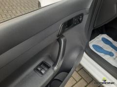 Volkswagen-Caddy Maxi-8