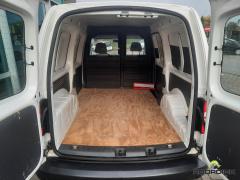 Volkswagen-Caddy Maxi-10