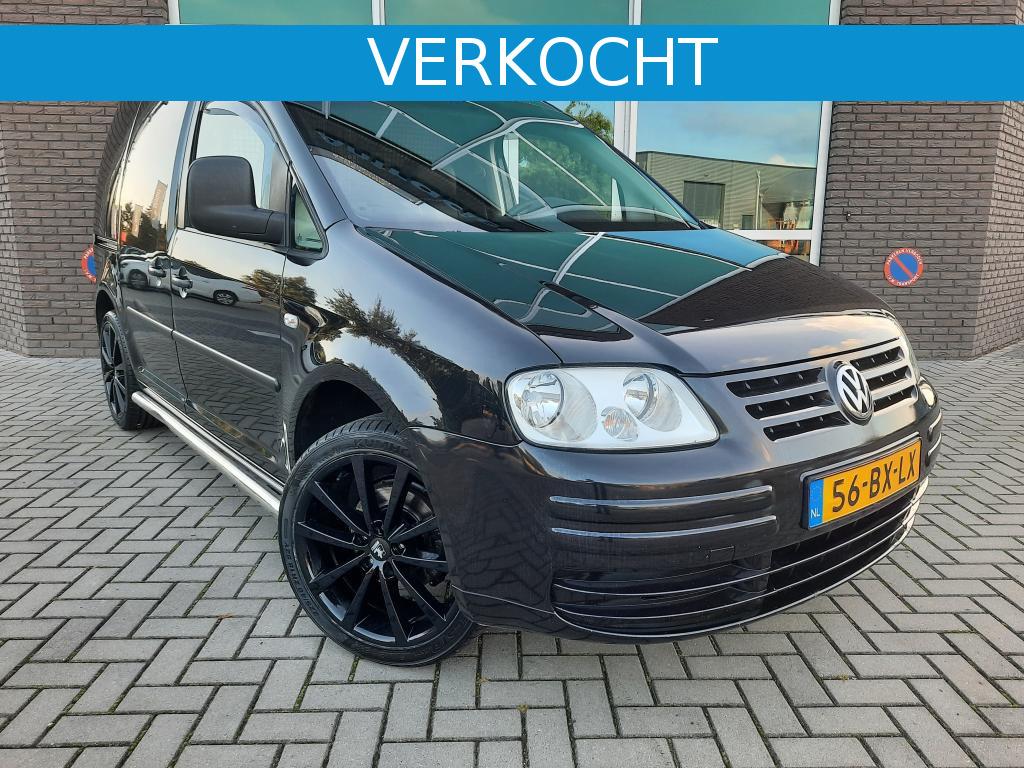 Volkswagen-Caddy-thumb